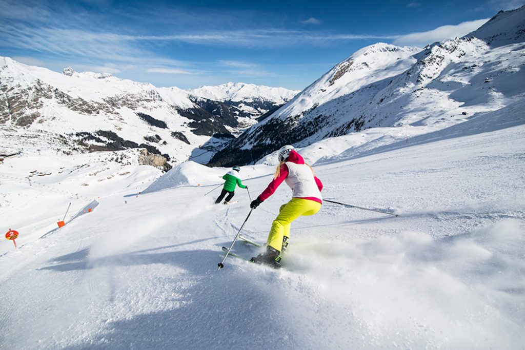 ski-winter-hintertux